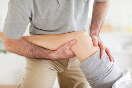 osteopathische Behandlung des Knie bei Meniscus Verletzung